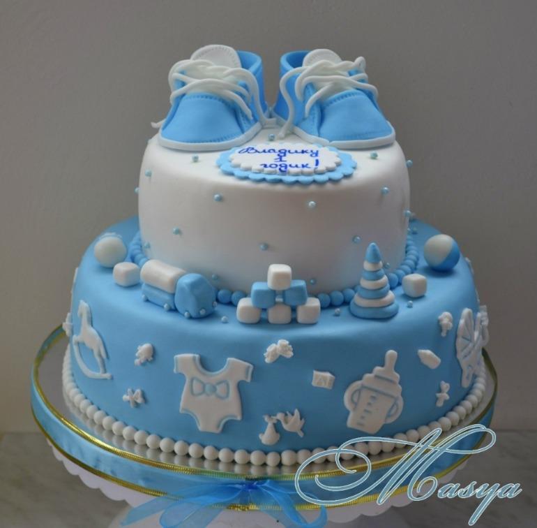 Торт ребенку на 1 годик Выкладываем смоченные в молоке печенье на блюдо одним слоем, сверху промазываем творогом...