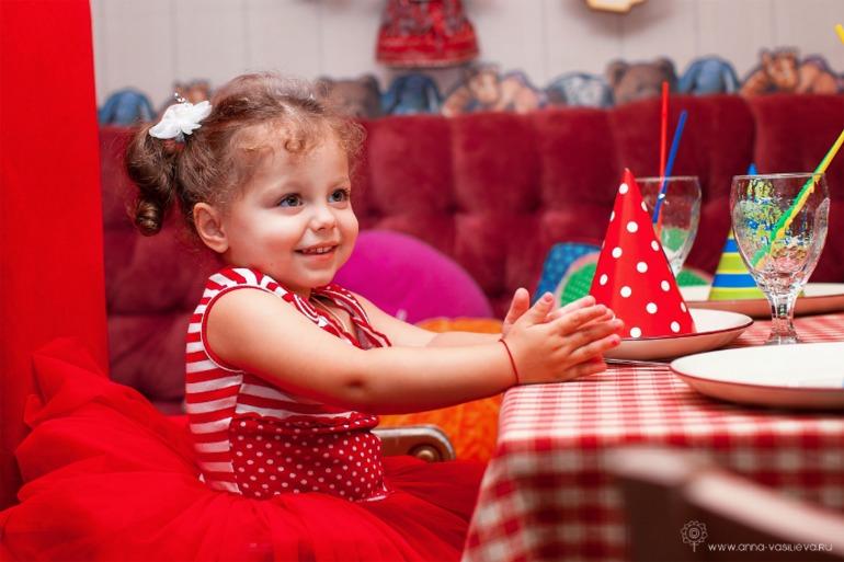 На детский праздник фотограф организация детских праздников Тимуровская улица