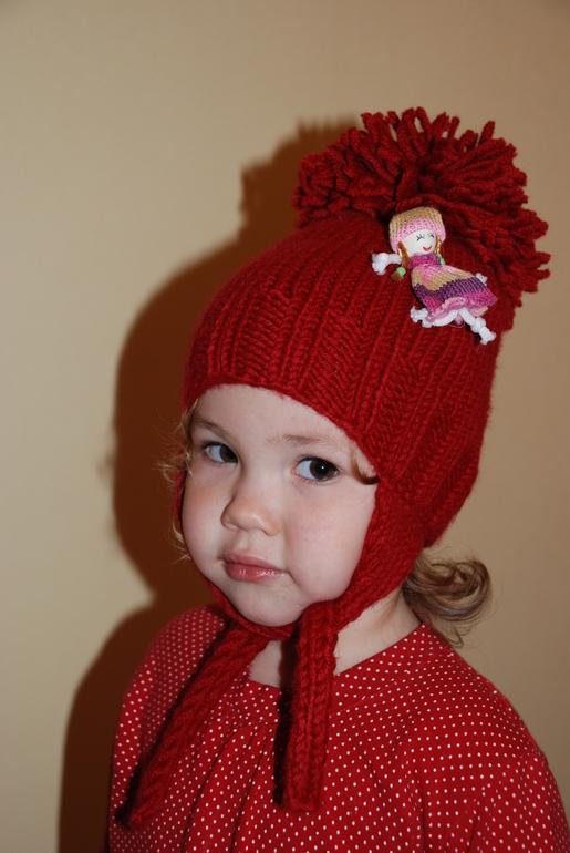 Новая  шапочка  для  девочки  на  2  годика  700  р.