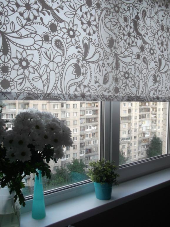Дизайн окна с улицы