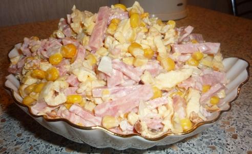 Салат с омлетом и ветчиной рецепт с