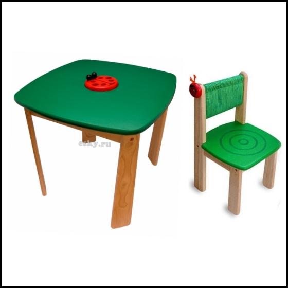 Стол и стульчик для детей от 1.5 лет