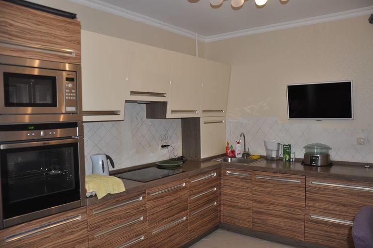 Кухни глянец модерн фото светлые
