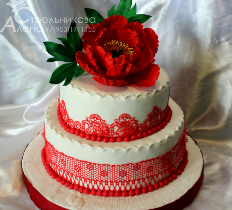 Торт на юбилей с цветами 3