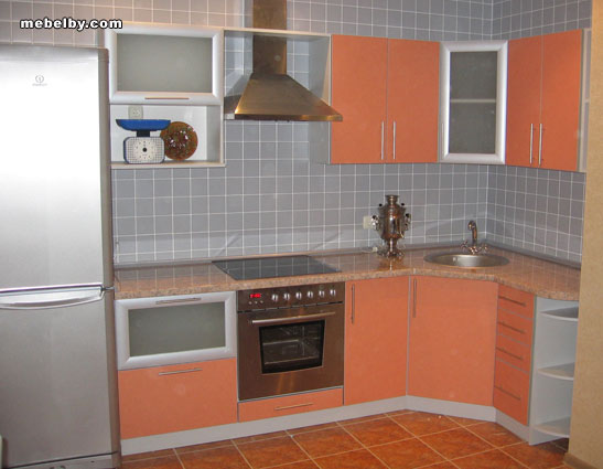 Дизайн угловых кухонь для малогабаритных квартир