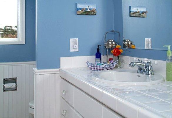 Отделка ванной комнаты панелями пвх фото.