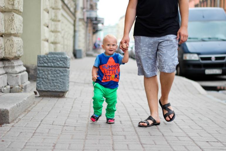 Жизнь с двумя детьми без мужа трудом верилось