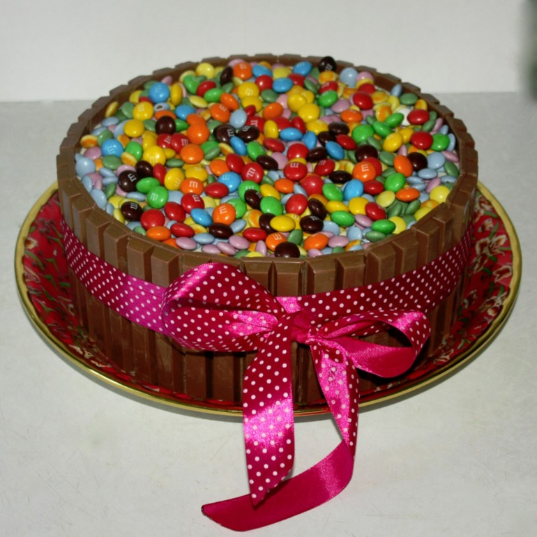 Простые украшения тортов дома
