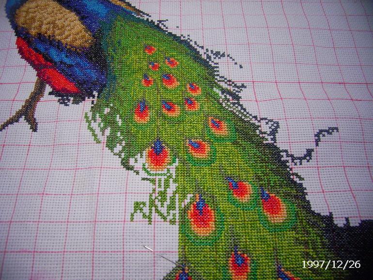 Вышивка лентами павлин фото