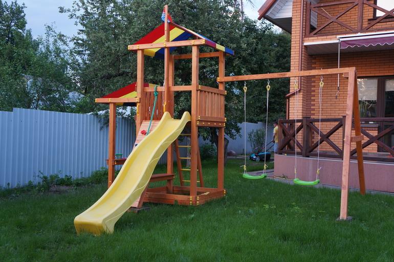 хваст детской площадки