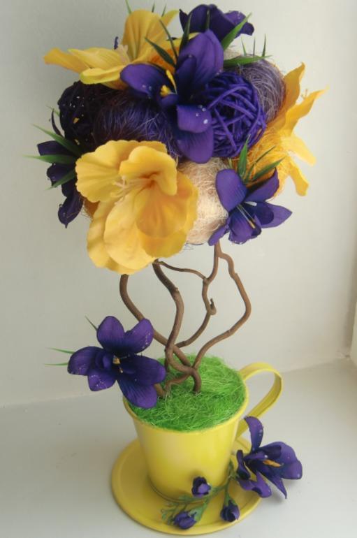 Топиарии из цветов и перышек емска