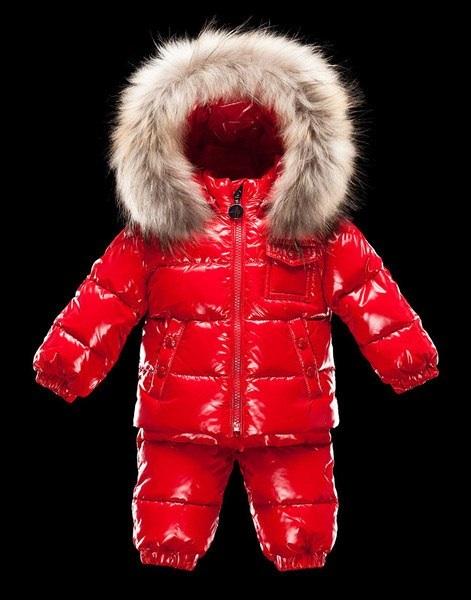 Зимняя курточка moncler для ребенка сандалии valentino