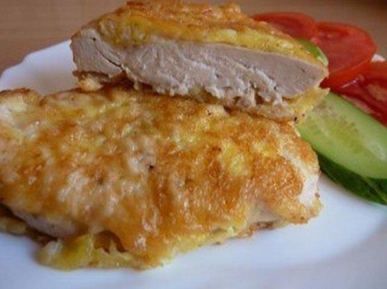 Отбивные из куриного филе в кляре с сыром с фото