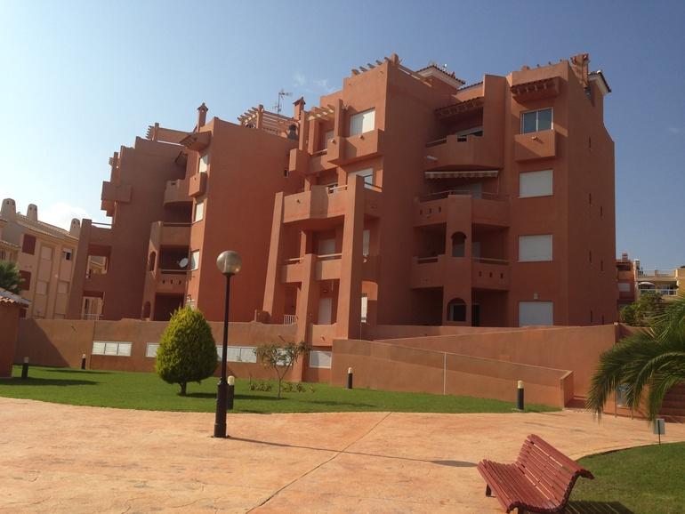 Итак, выкладываю фотографии нашей квартиры в Испании. Мы завершили ее оформление :) Ура!