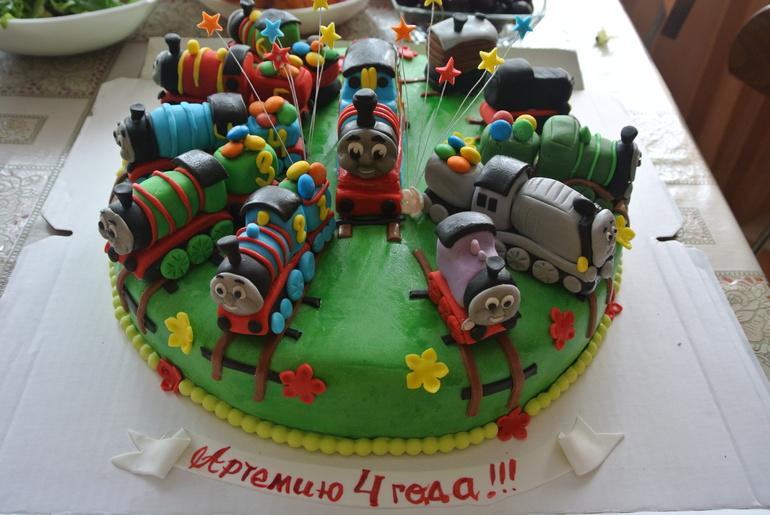 Томас и его друзья торт фото