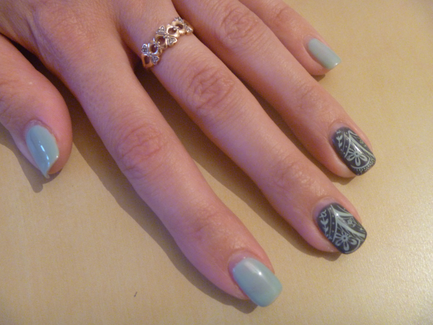 фото ногтей до и после лечения от грибка