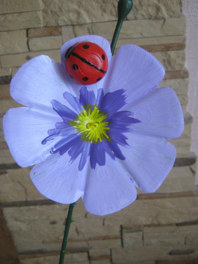 Поделка цветок на улицу