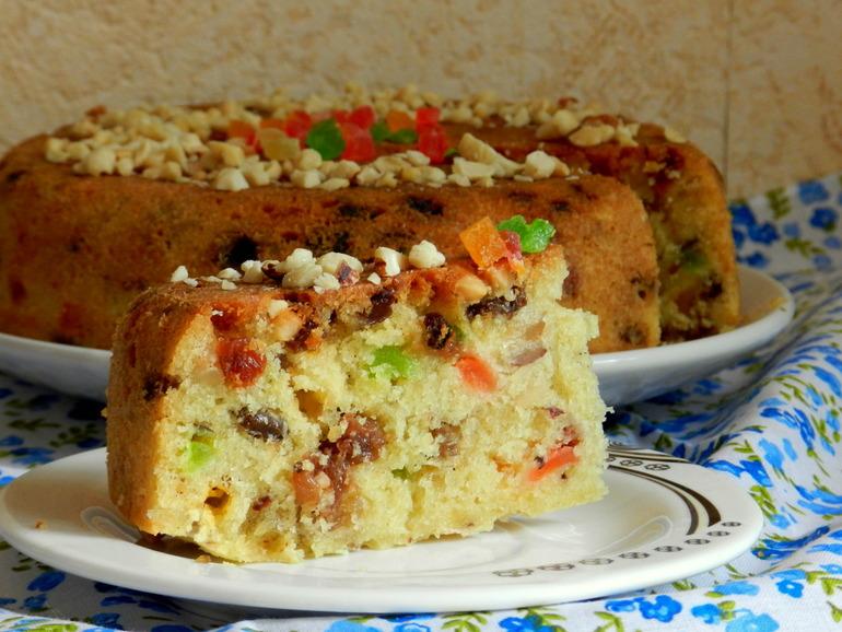 Как сделать пирог в мультиварке с изюмом