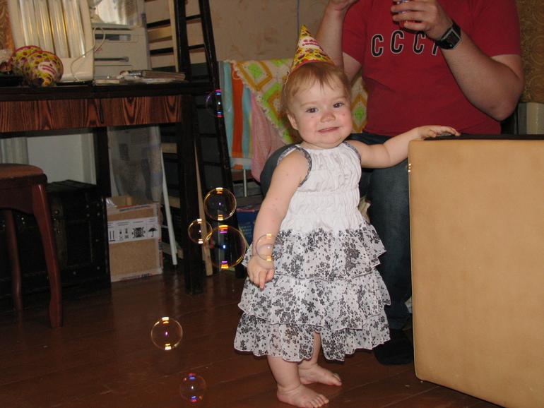 Вяжу дочке платье